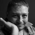WYZNANIA BARDZIEJ OSOBISTE, CZYLI MÓJ PRYWATNY PROZAC - felieton pisarza Marcina Pałasza