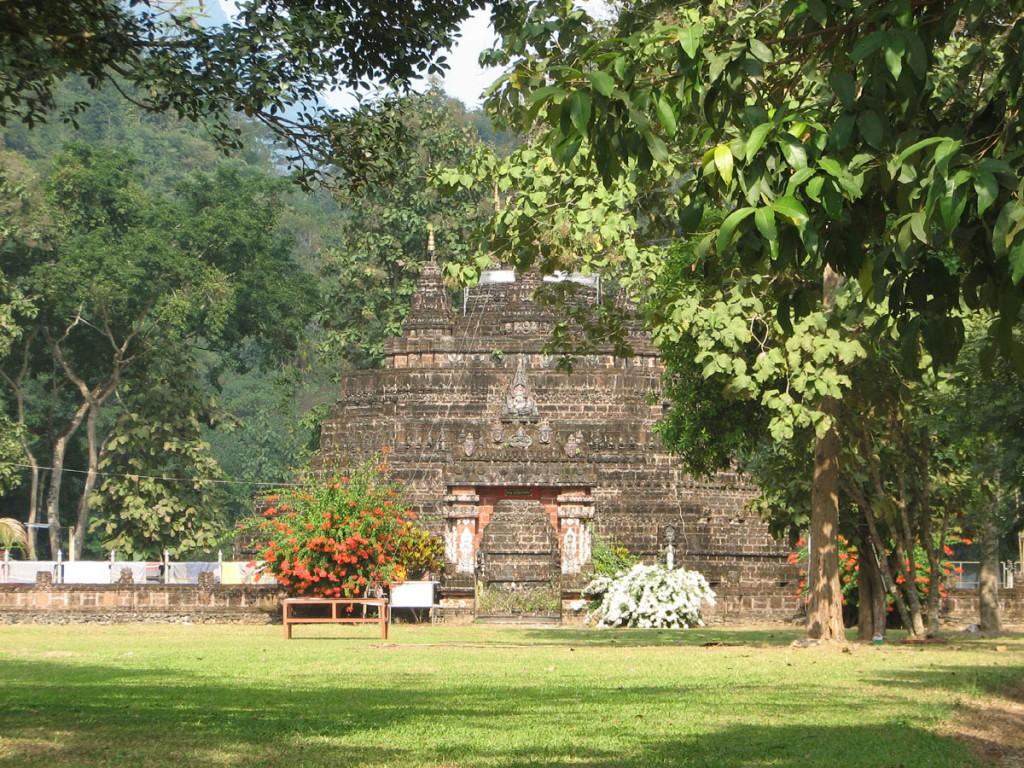czedi (budowla sakralna) w klasztorze