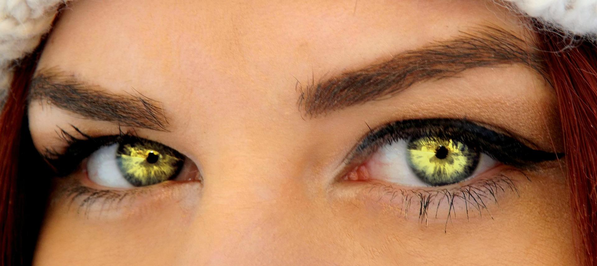 KRESKĄ W OKO, czyli jak ujarzmić eye linere`a
