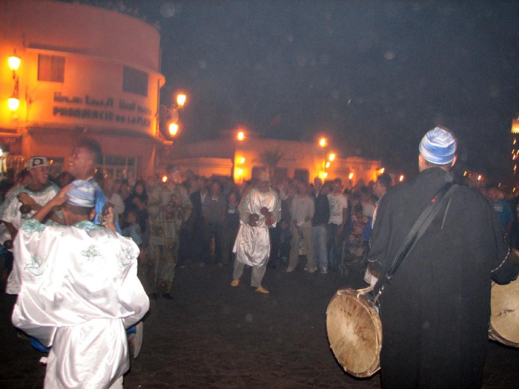 wieczorny wyst¦Öp na placu placu D+-emaa El-Fna