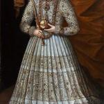 """POKEROWA ROZGRYWKA – rozmowa z Janiną Lesiak o jej najnowszej książce """"Miłosna kareta Anny J."""" w rocznicę śmierci królowej."""