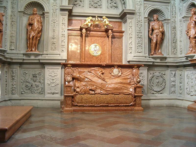 Nagrobek Anny Jagiellonki w Kaplicy Zygmuntowskiej na Wawelu/ źródło: Wikipedia