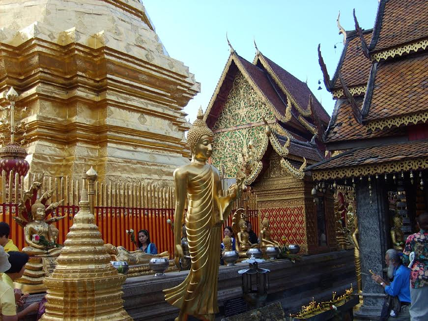 Złota stupa z relikwiami Buddy