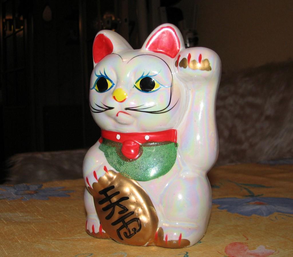 Japoński kot Maneki-neko
