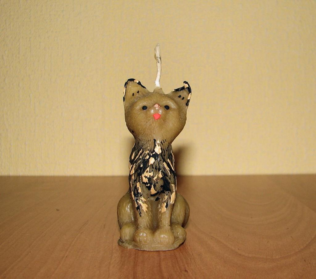 woskowy kot z Londynu