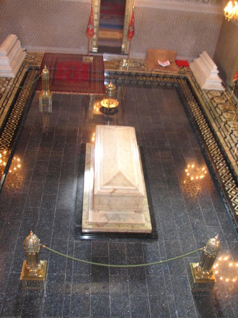 grobowiec Muhammada V i jego dwóch synów Mulaja Abdullaha i Hassana II (ojca obecnego króla Maroka)