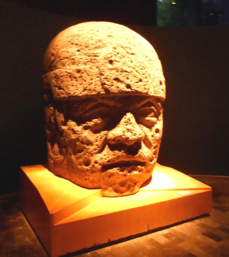 Głowa władcy Olmeków