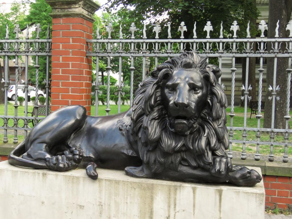 Lew Czuwający - Kalide