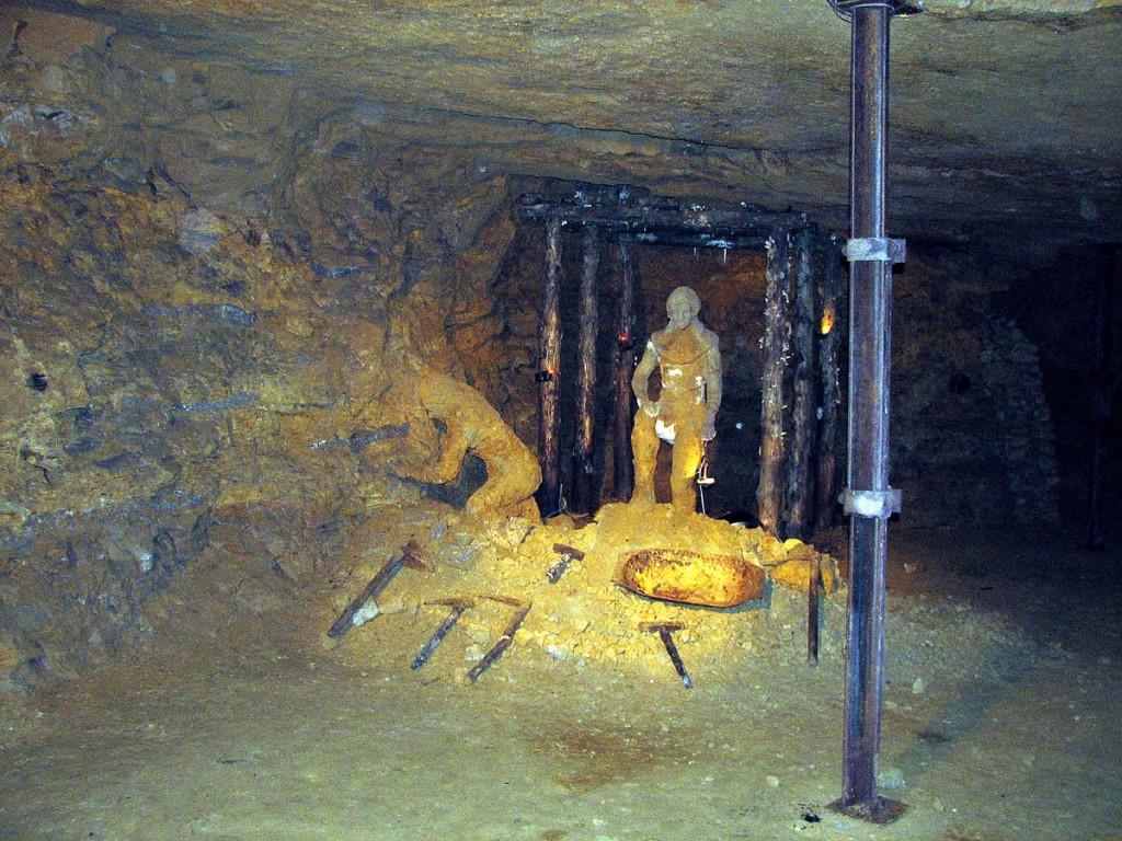 górnicy zaklęci w kamień przez Skarbnika